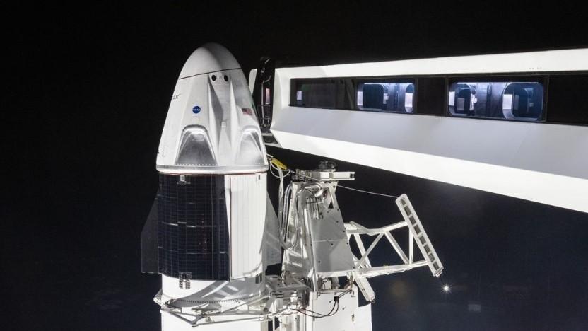 Raumfahrzeug Crew Dragon auf einer Falcon 9: US-Astronauten fliegen mit US-Raumfahrzeug zur ISS.