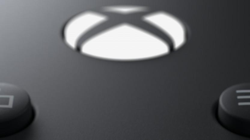 Xbox-Logo auf dem Gamepad der Xbox Series X