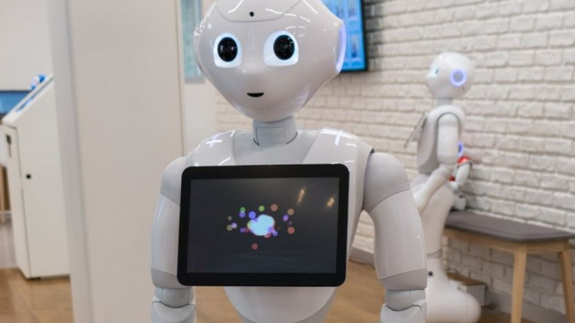 Roboter Pepper: spricht, tanzt, macht Ratespiele