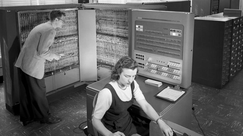 Einer der ersten Mainframes bei der Nasa: IBM 704