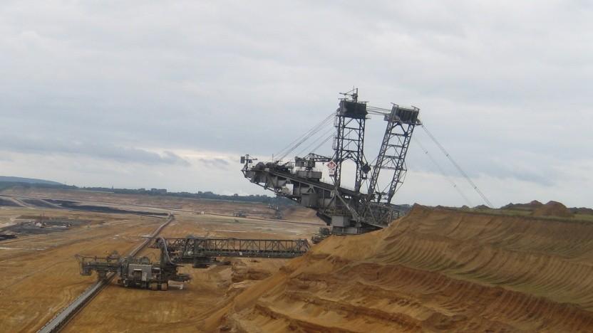 """Ein """"Erfolgsprojekt""""? Die Tagebaue im Rheinland gehören zu den klimaschädlichsten der Welt, weil Braunkohle besonders ineffizient ist."""