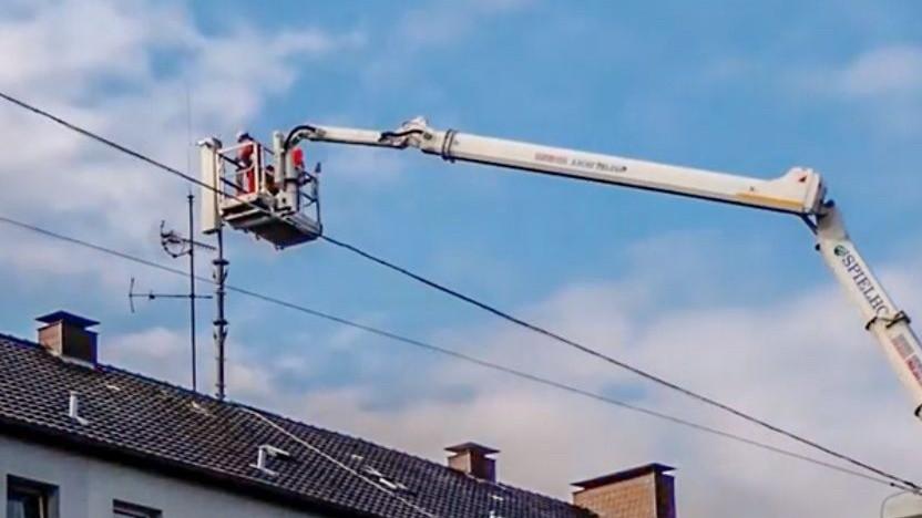 5G-Antenne der Telekom wird aufgebaut.