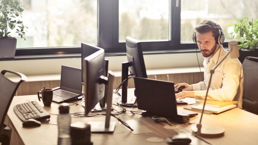 Die meiste Kommunikation findet derzeit per Videokonferenz statt.