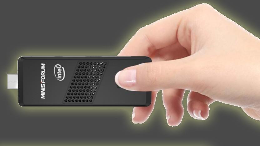 Der Minisforum S40 ist nur etwas größer als ein USB-Stick.
