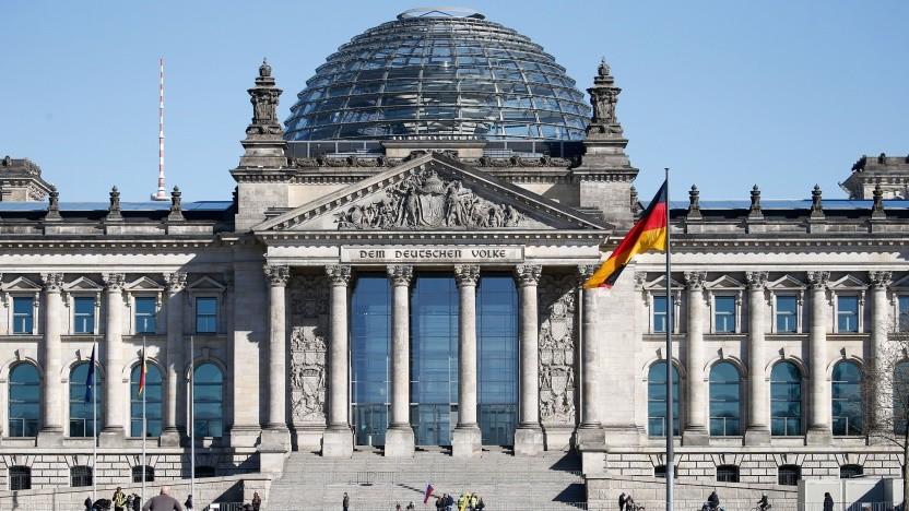 Fünf Jahre nach dem Hack des Bundestags wurde ein Haftbefehl erlassen.
