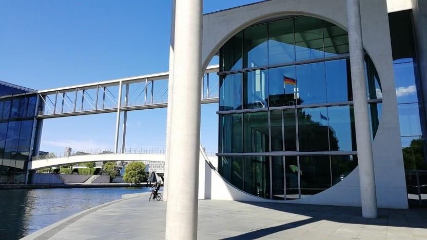 Der Bundestag muss über die Reform des NetzDG entscheiden.