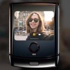 Faltbares Smartphone: Motorola Razr kann dank Android 10 zusammengeklappt mehr