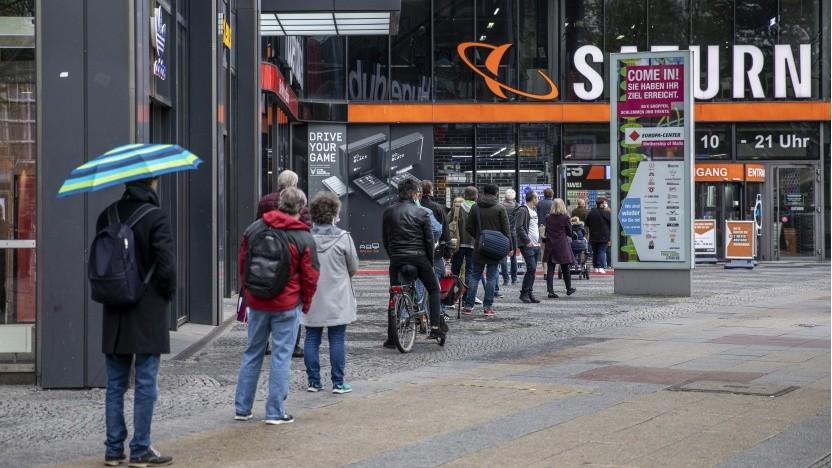 Saturn-Markt in Berlin am 4. Mai