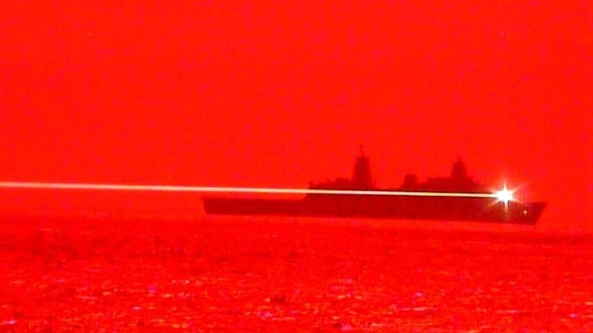 USS Portland setzt Laserkanone ein: zunehmende Bedrohung durch unbemannte Systeme