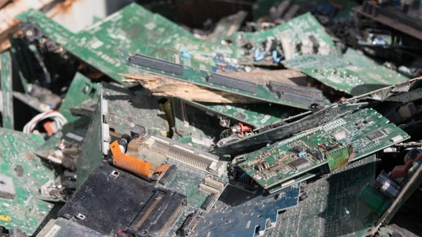 Elektronikschrott fürs Rohstoff-Recycling (Symbolbild): lieber Komponenten wiederverwenden als Rohstoffe zurückgewinnen