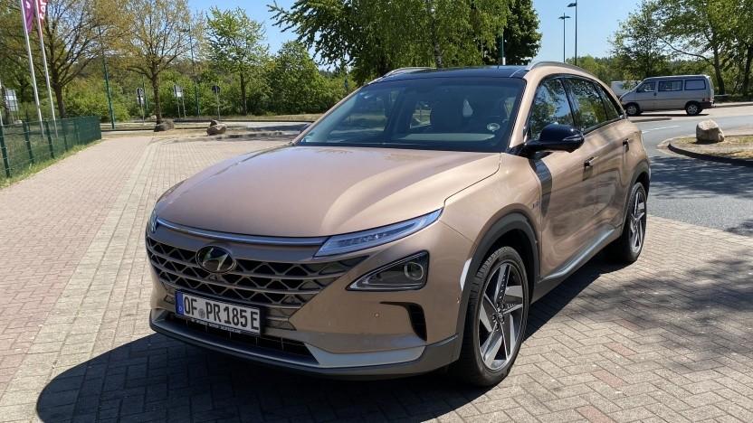Brennstoffzellen-Pkw Hyundai Nexo: Mittelkonsole wie Lieutenant Sulus Schalttafel