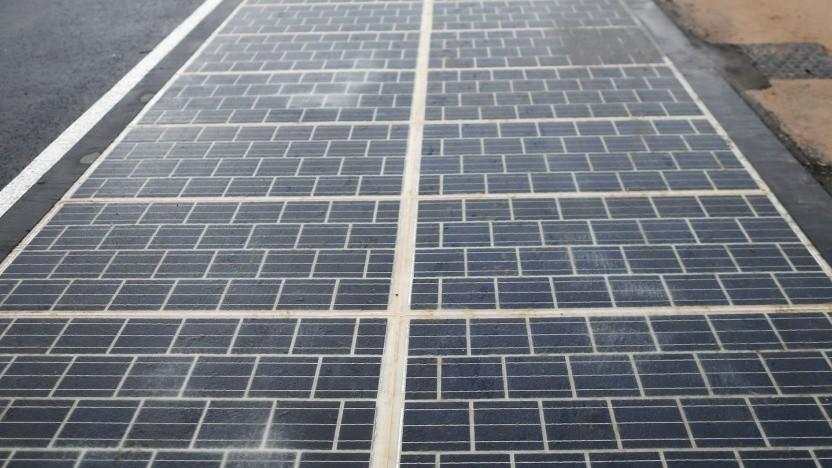 Solarstraße (Symbolbild): ergänzen durch induktive Ladesysteme oder LEDs