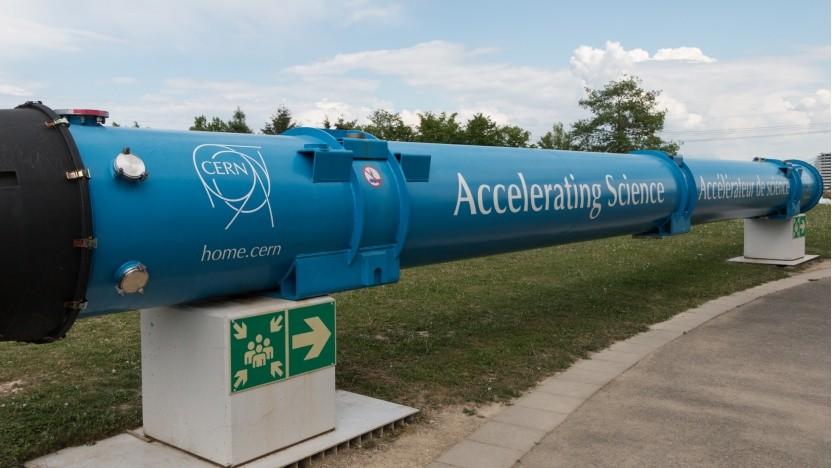 Modell eines supraleitenden Magneten auf dem Gelände des Cern in Genf: Die Arbeiten am LHC-Nachfolger sollen 2038 beginnen.