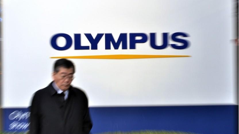 Olympus-Logo am Unternehmenshauptsitz (Symbobild): drei Jahre Verluste