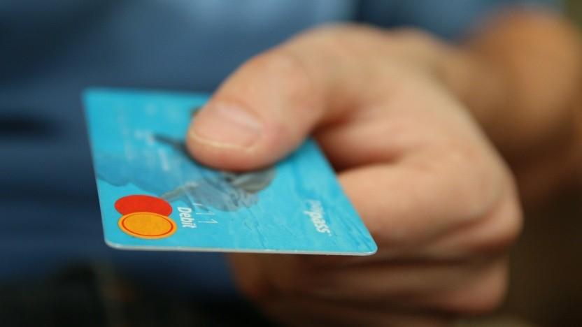 Hacker leiten Kreditkartendaten per Icon aus.