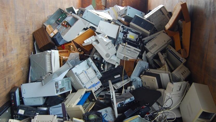 Elektroschrott in einem Recycling-Zentrum