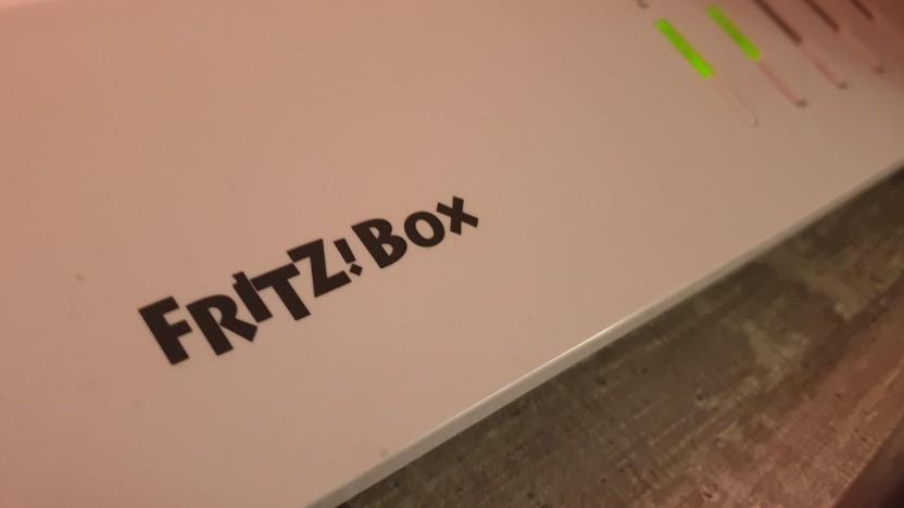 Die Fritzbox 7590 wird aktualisiert.
