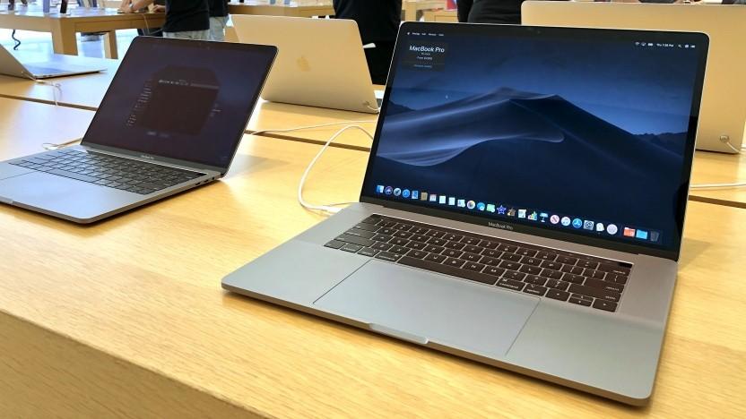 Macbook Pro in einem Apple Store in Kalifornien