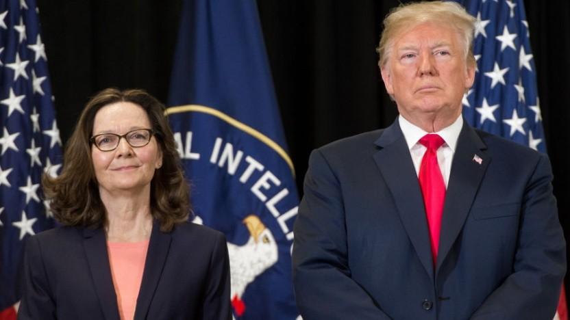US-Präsident Donald Trump und Gina Haspel bei ihrer Ernennung zur CIA-Direktorin im Mai 2018.