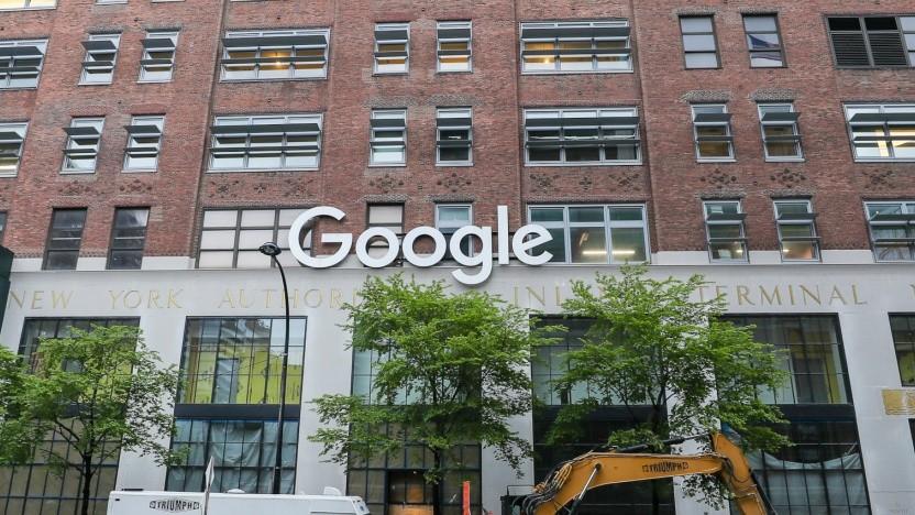 Google will noch stärker gegen Verschwörungsmythen vorgehen.