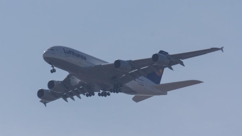 Airbus A380 bei einem Rundlfug über Hamburg: extrem wirtschaftlich und verbrauchsarm