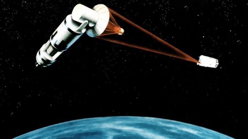 Künstlerische Darstellung eines Laser-basierten Satellitenverteidigungssystems: Risiko von mehr Trümmerteilen im Orbit
