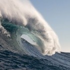 Elektromobilität: Ein Schiff, angetrieben durch die Kraft der Wellen