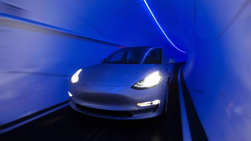 Tesla im Tunnel: zwei Haltestellen am Strip