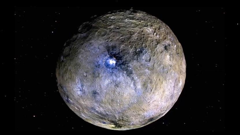 Zwergplanet Ceres: Nebel im Krater Occator