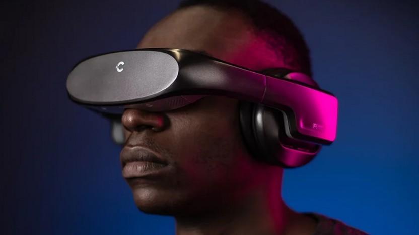 Die Cinera Edge wird auf dem Kopf wie ein VR-Headset getragen.