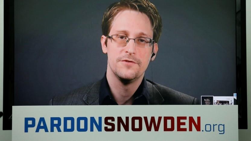 Trump will Begnadigung des Whistleblowers Snowden prüfen | Brennpunkte
