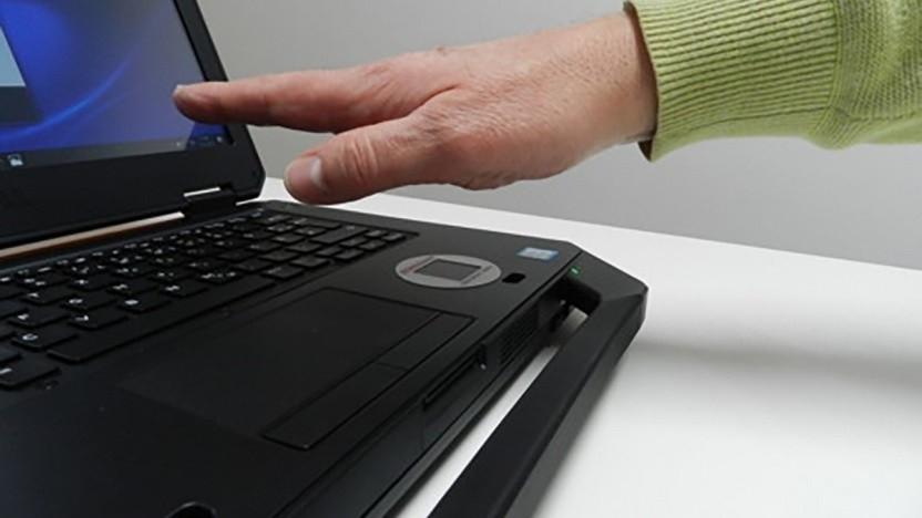 Inzwischen lassen sich schon Laptops mit einem Handvenenscanner ausstatten.