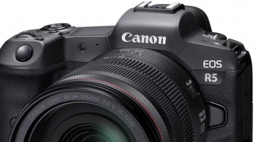 Unter anderem die Canon EOS R5 kann die neue Backup-Möglichkeit nutzen.