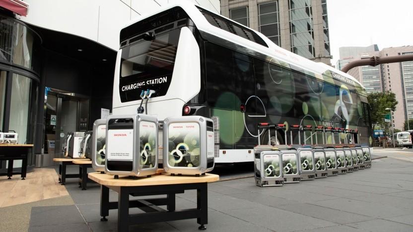 Moving e: Brennstoffzellenbus mit Akkus an Bord