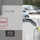 Autogipfel: Regierung fordert einheitliches Bezahlsystem bei Ladesäulen