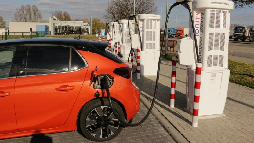 Ab 2028 sollen nur noch Elektroautos verkauft werden.