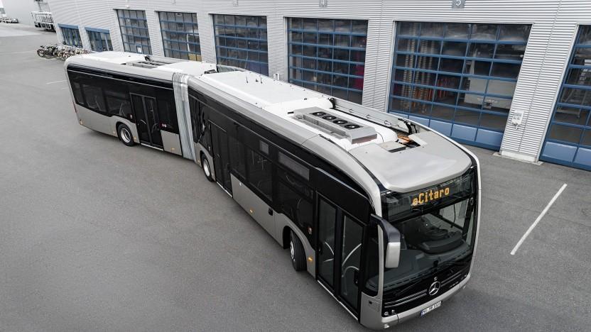Der Gelenkbus eCitaro G ist auch mit Festkörperakkus lieferbar.