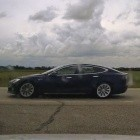 Autonomes Fahren: Tesla-Fahrer wegen Schlafens am Steuer angeklagt
