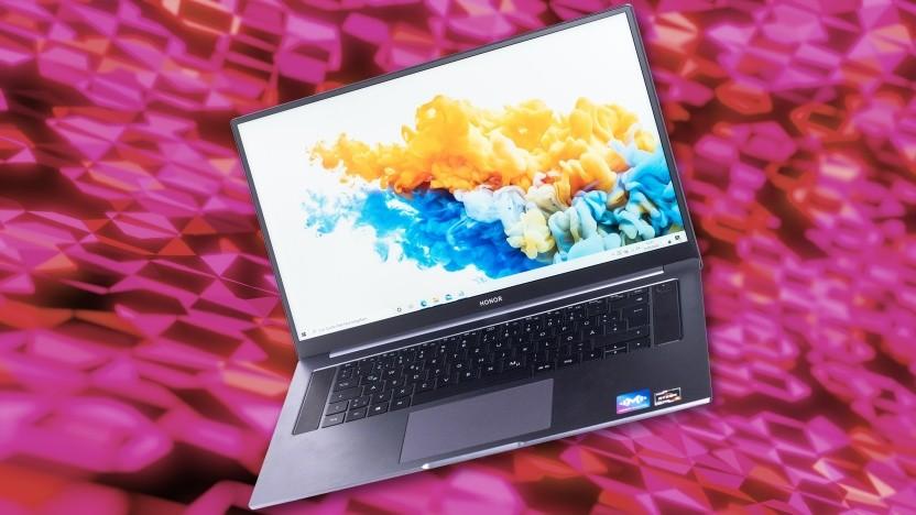 Das Magicbook Pro erinnert äußerlich an ein Macbook Pro.