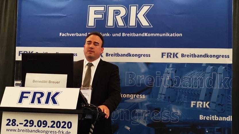 Benedikt Breuer von DEV Systemtechnik beim Breitbandkongress des FRK in Leipzig