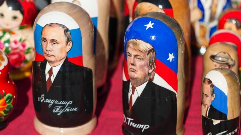 Wladimir Putin und Donald Trump als Matrjoschka