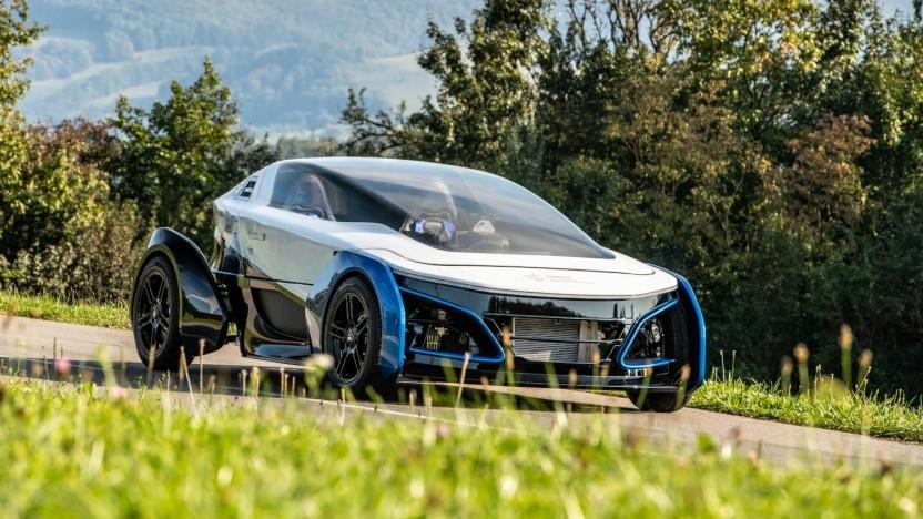 Brennstoffzellenauto SLRV: Karosserie in Sandwichbauweise