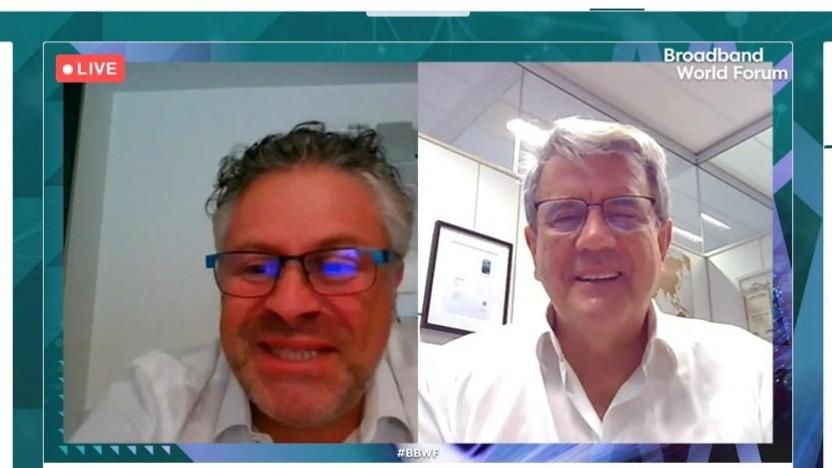 Enrique Blanco (rechts) von Telefónica spricht auf dem virtuellen BBWF.