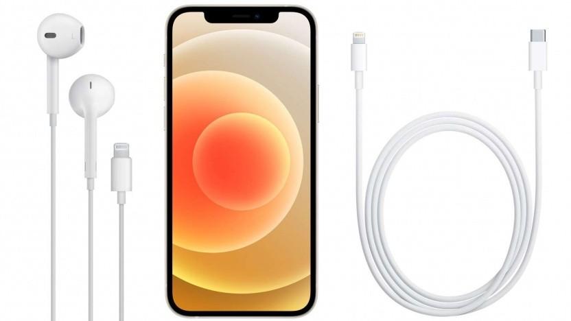 Das iPhone 12 mit Ladekabel und Kopfhörer
