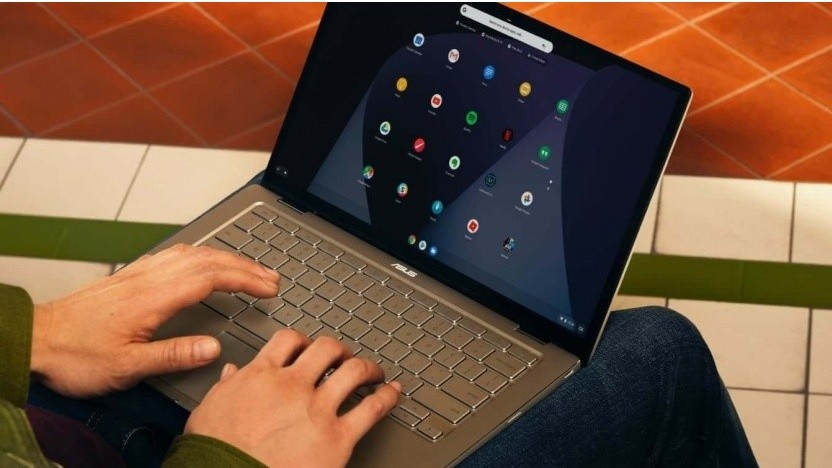 Die Chromebooks von Google können nun auch mit einem virtualisierten Windows genutzt werden.