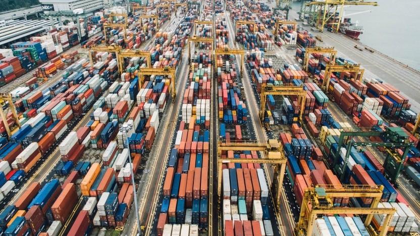Docker arbeitet bekanntlich mit Containern, was die Verteilung von Software enorm vereinfacht.