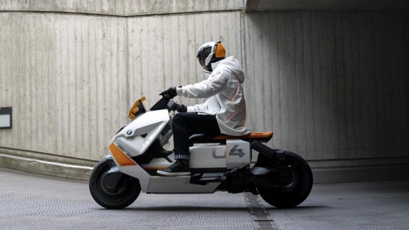 BMW CE 04E