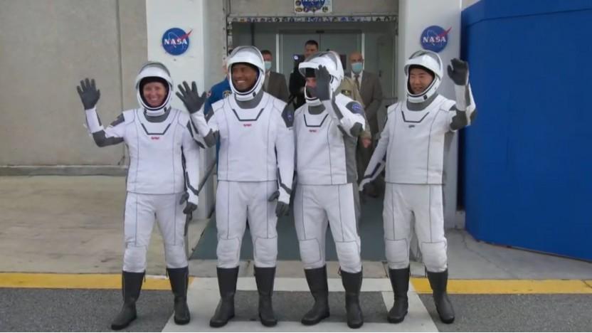 Erstmals fliegt eine volle Crew mit einem Dragon-Raumschiff.