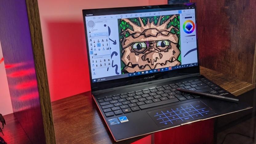 Das Zenbook Flip UX371E sieht bereits teuer aus.