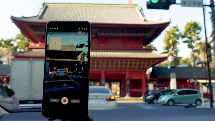 Nutzer können beispielsweise während des Fahrens Bildmaterial für Street View aufnehmen.